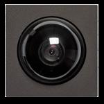 Встраиваемая камера с мощным объективом и высоким разрешением.