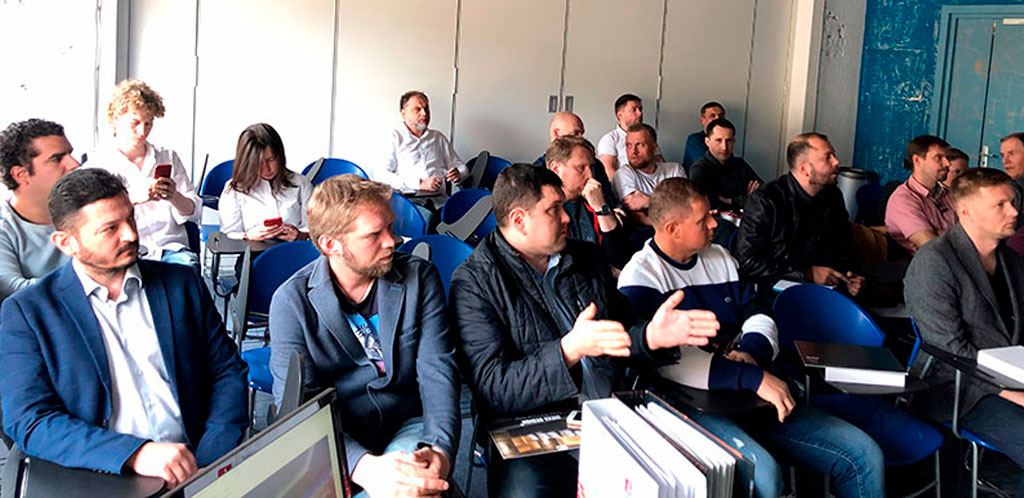 Презентация iNeva Design в Москве